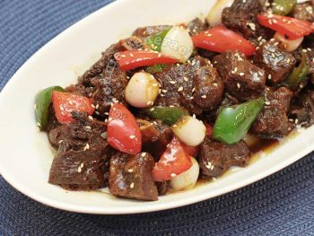 Beef short ribs with peach and lychee sauce