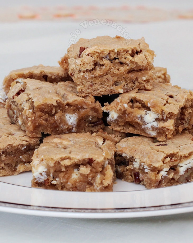 Blondies with white chocolate and pecans