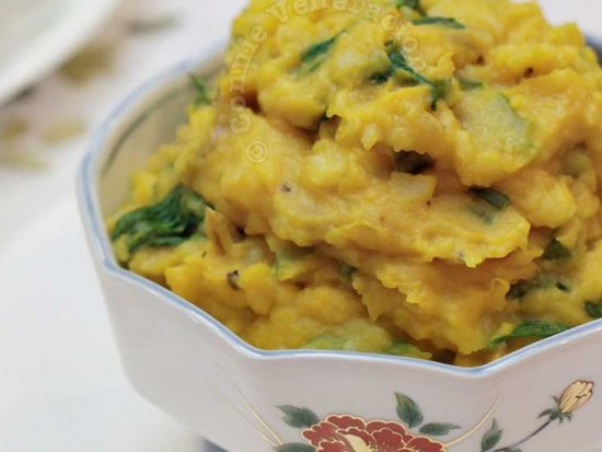 Meatless charquicán: mashed potatoes and squash with spinach and celery
