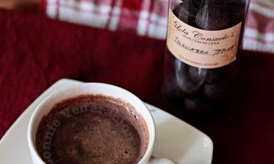 How to make: Tsokolateng tablea (Filipino hot chocolate drink)