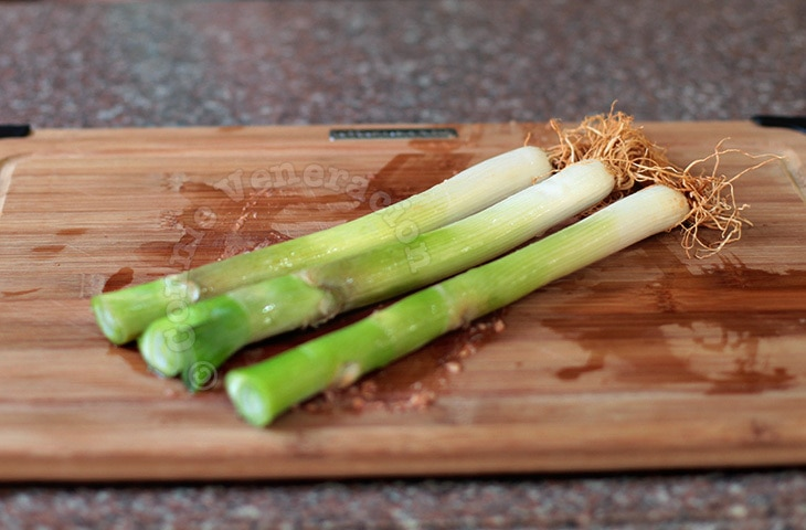 How To Clean, Prepare and Cook Leeks