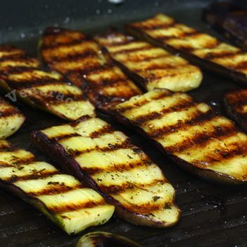 How to prevent eggplants from sticking on the grill