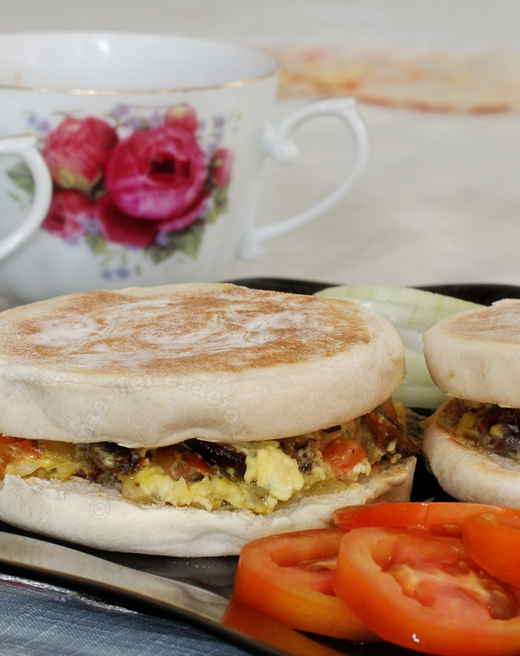 Mushroom Scrambled Eggs With Swiss Brown Mushrooms with English muffins