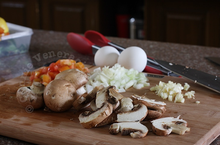Scrambled Eggs With Swiss Brown Mushrooms