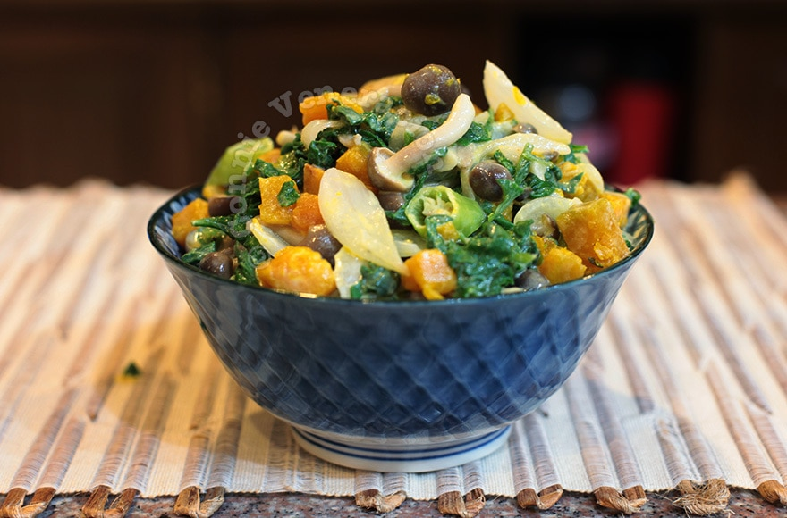 Spinach, mushrooms and squash in coconut cream | casaveneracion.com