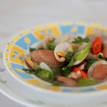 Clam soup with ginger and chilies