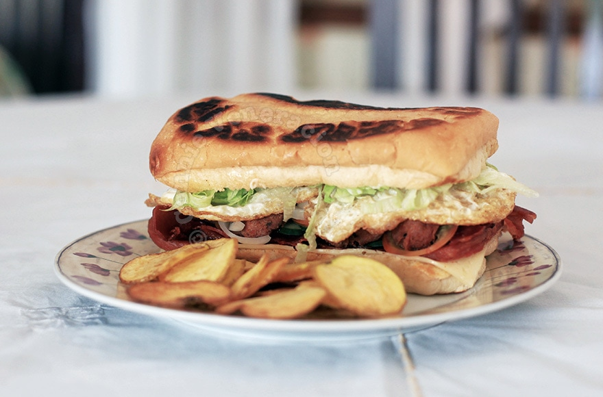 Speedy's three little pigs sandwich | casaveneracion.com