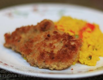Chicken schnitzel with paella-style rice
