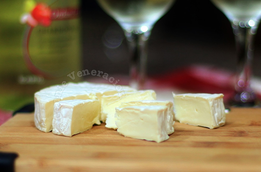 A night with Brie, not Camembert | casaveneracion.com