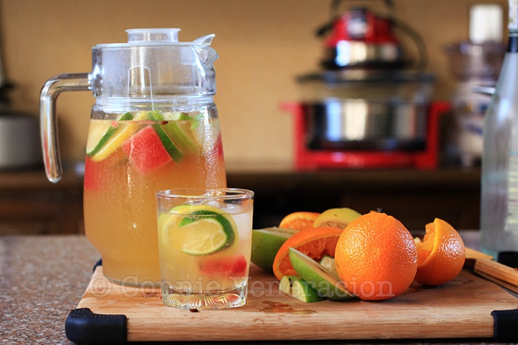 Holiday cocktails? Try white sangria