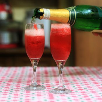 Strawberry fizz and a few things about Champagne and sparkling wines