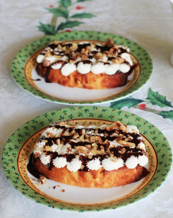 Toasted butter cake with walnuts and cream cheese frosting