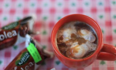 Ice cream-topped and caramel-drizzled hot chocolate tablea drink
