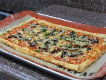 2-cheese pizza with puff pastry crust
