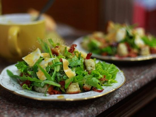 Vegetarianism may reduce heart risk by one-third but green leafy vegetables may poison you