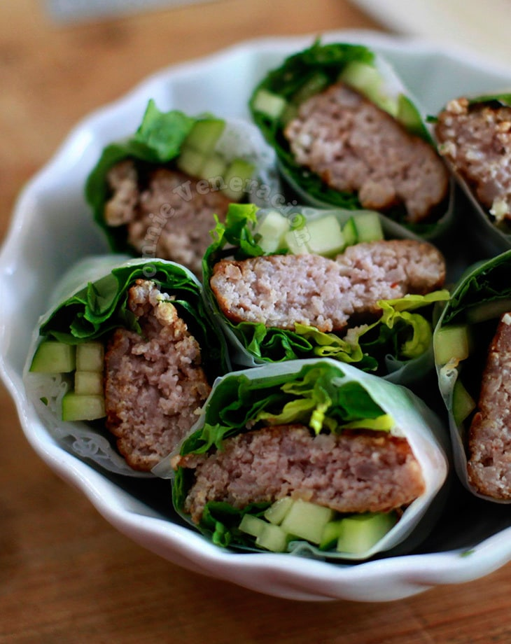 Pork patty, herbs & arugula spring rolls