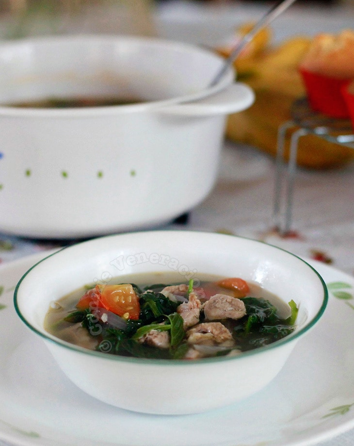 Saluyot and spinach soup