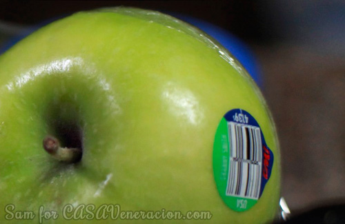 casaveneracion.com Granny Smith apple with a 4139 PLU Code