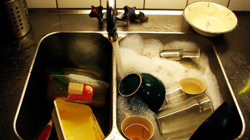 If there's one thing I can't stand, it's a sink full of dirty dishes