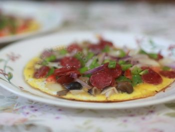 Chinese Sausage and Straw Mushrooms Omelet