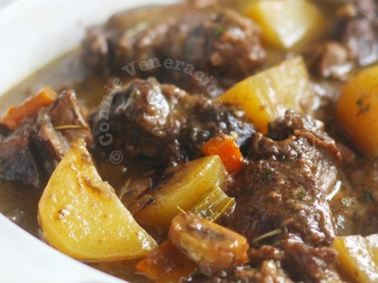 Beef short ribs stew with fruity red wine