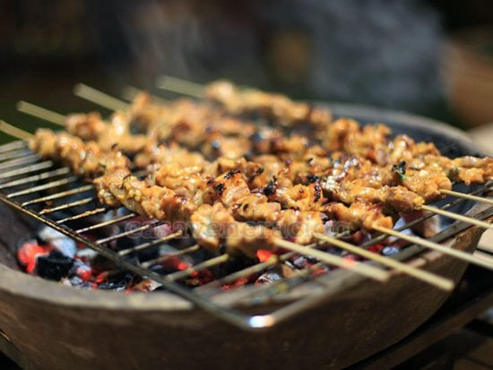 Kinds of grill, temperature control and the distance between the food and the heat