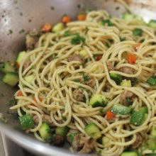Spaghetti with salted pork, zucchini and carrot