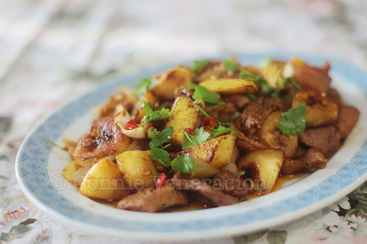 Chili Pork With Pineapple and Bananas | casaveneracion.com
