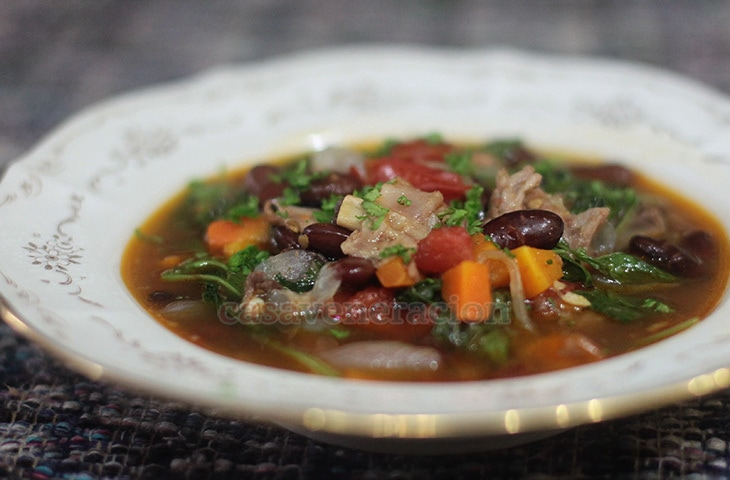 Pork, beans and vegetables soup with sweet paprika | casaveneracion.com