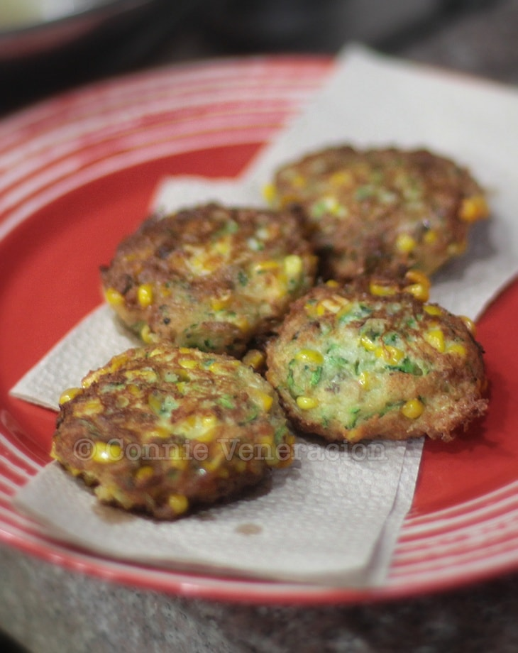 Corn and zucchini cakes