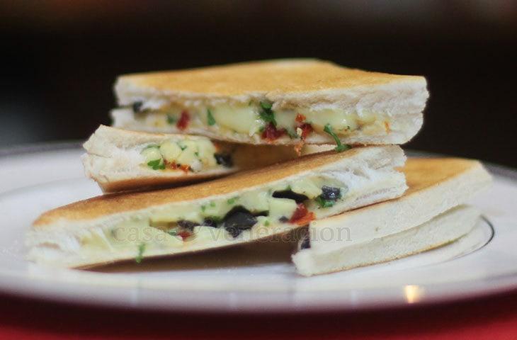 Grilled Cheese Sandwiches with Black Olives and Sun-dried Tomatoes
