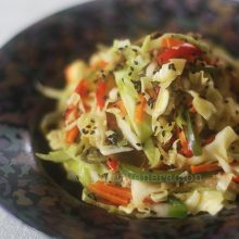 Stir-fried julienned vegetables with black sesame seeds