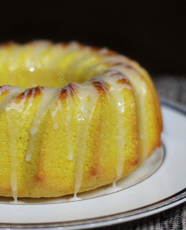 Lemon Chiffon Cake With Lemon Glaze | casaveneracion.com