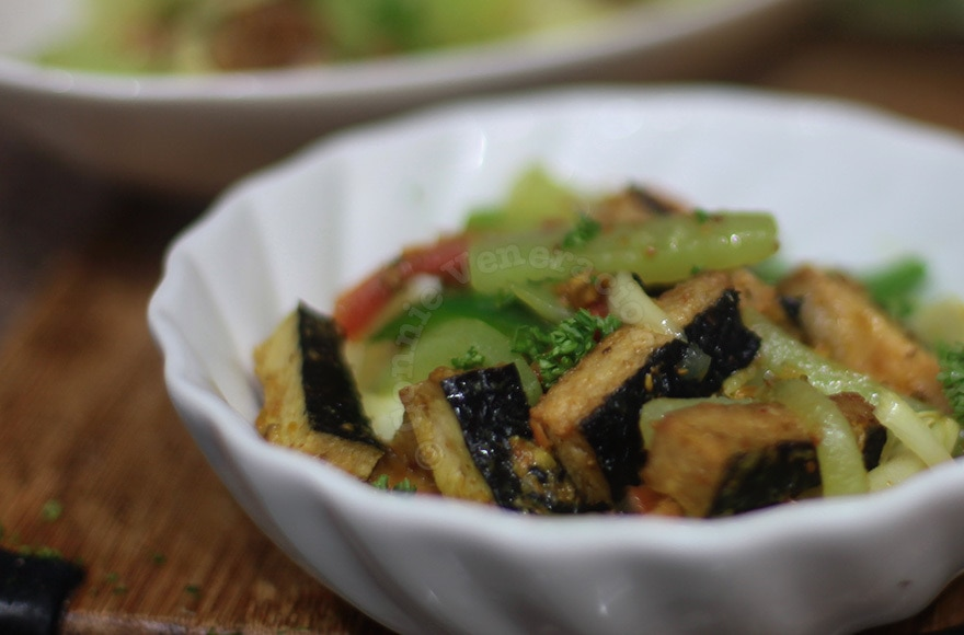 """Vegan sweet and tangy soybean-based """"fish fillets"""" with chayote stir fry   casaveneracion.com"""