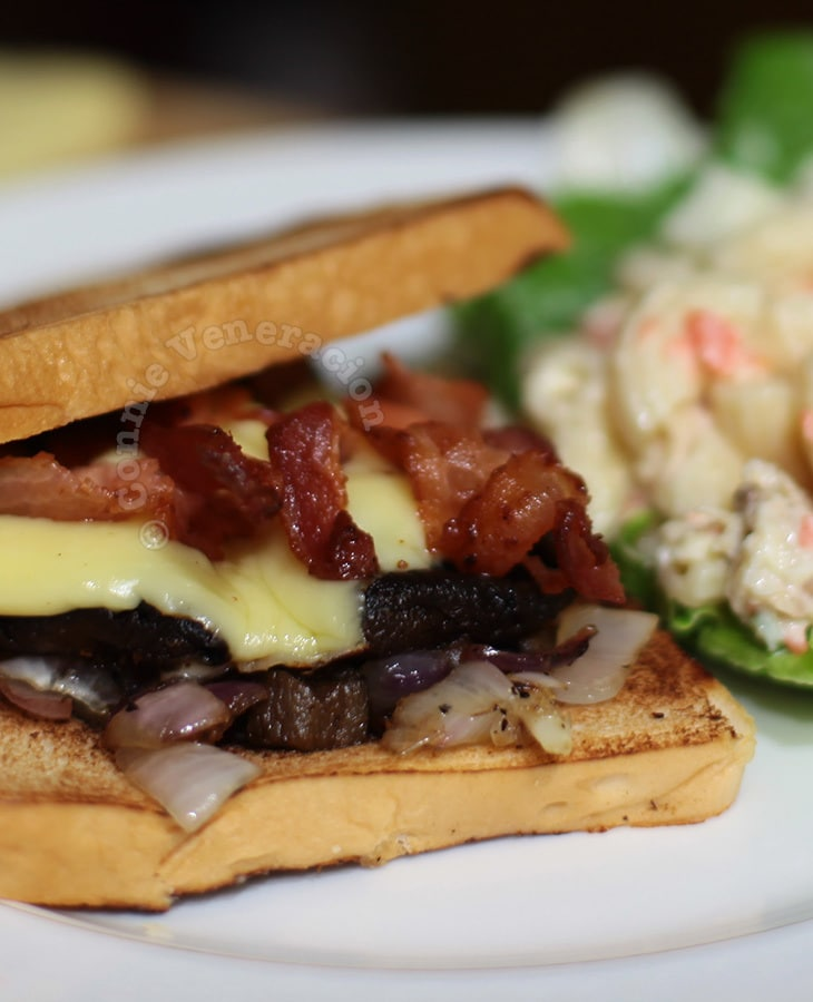Portobello mushroom and bacon sandwiches
