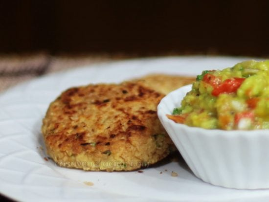 Bean burgers with guacamole