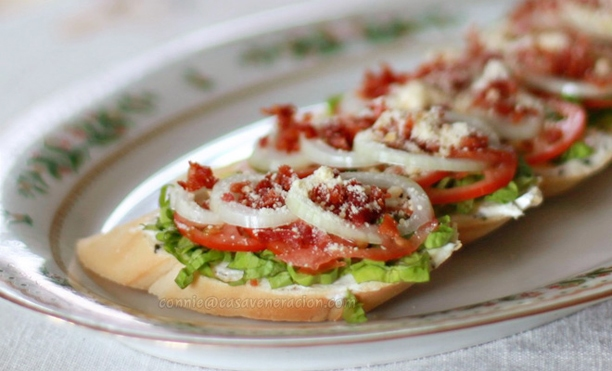 BLT (bacon, lettuce and tomato) bruschetta