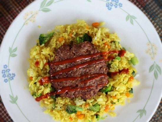 Chili and garlic burgers with vegetables fried rice