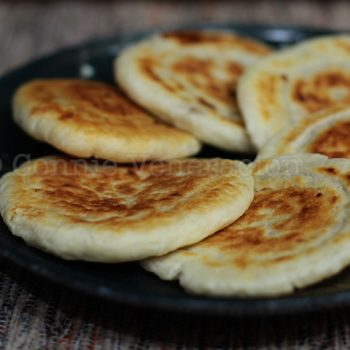 Hoddeok (hotteok): Korean sweet pancakes