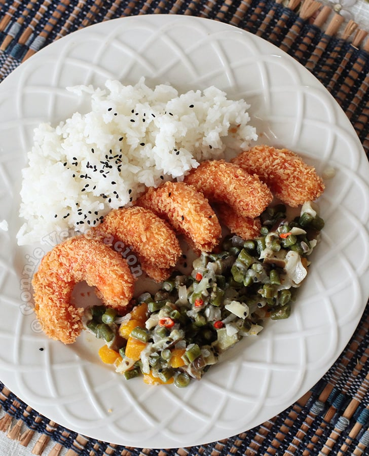 "Vegetarian ""shrimp"" tempura and meatless gising-gising"