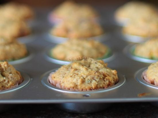 Oats and nuts breakfast muffins