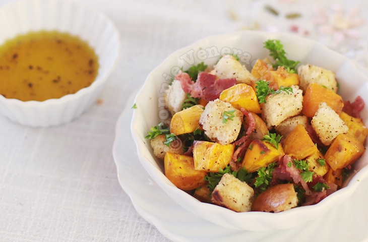 Sweet potatoes and bacon salad with lime and honey dressing | casaveneracion.com
