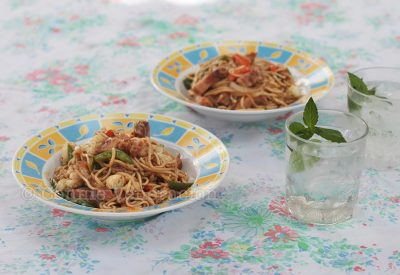 Chow Mein With Chopped Roast Pork Belly
