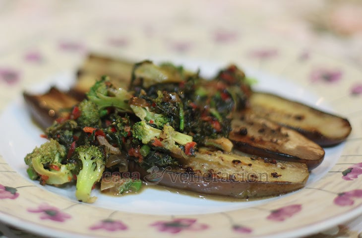 Although grilled eggplants are flavorful enough by themselves especially when dipped in spicy vinegar, they sure can get a lift. Spoon creamed broccoli over them and you have a meatless dish that is colorful with more complex flavors and texture.