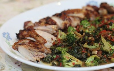 Although most people think there is nothing boring about fried chicken, it sure can get a lift. And this side dish of creamed broccoli does a stunning job. Not only is it a side dish, it also provides a rich sauce for any fried, grilled or broiled dish.