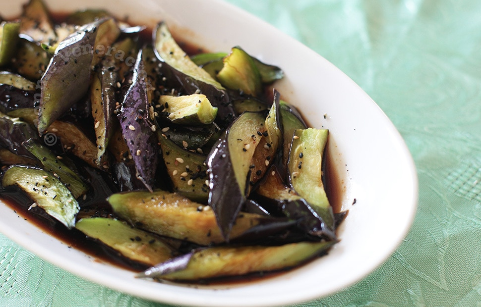 Flashed-fried eggplants with rice vinegar and soy sauce | casaveneracion.com