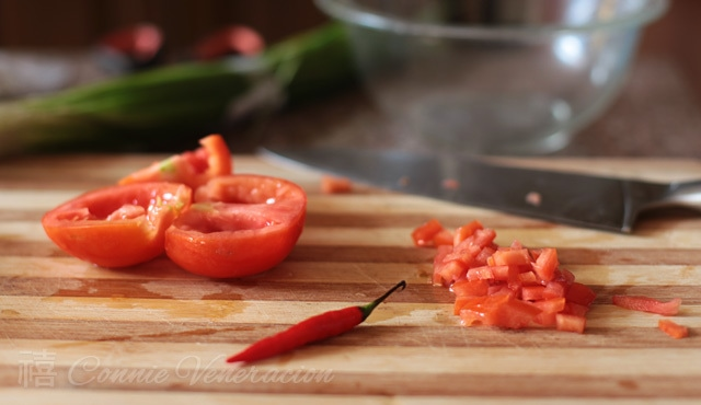 How to cook Tinapa (smoked fish), salted eggs and tomato spring rolls: step-by-step