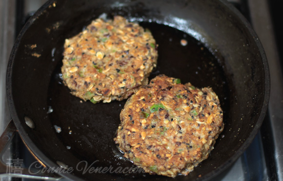 A vegetarian burger with beans, oats and nuts