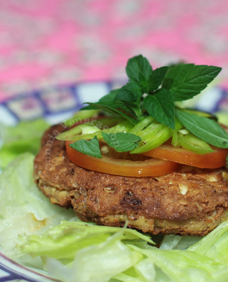 Tofu and dukkah burgers