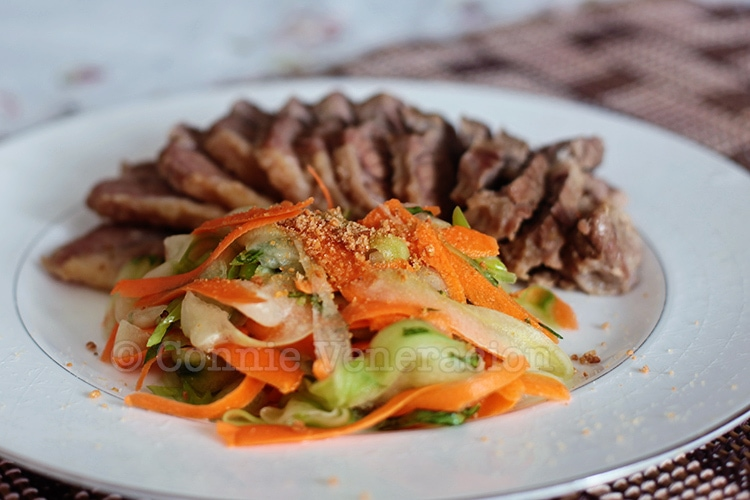 Cucumber and Carrot Salad With Herbs and Crushed Peanuts   casaveneracion.com